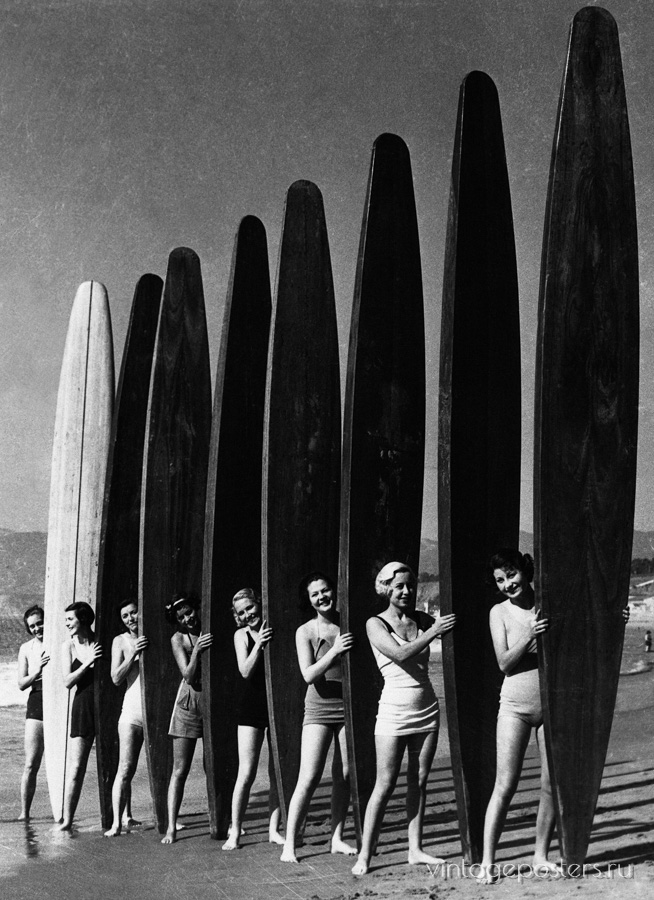 """Купить для интерьера на стену Постер """"Девушки с досками для серфинга"""" США 1936"""