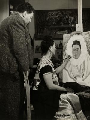 """Купить для интерьера на стену Постер """"Диего Ривера и Фрида Кало, пишущая автопортрет"""" Мексика 1940"""