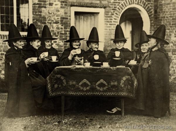 """Купить для интерьера на стену Постер """"Ведьмы пьют чай. Норфолк"""" Англия 1920"""