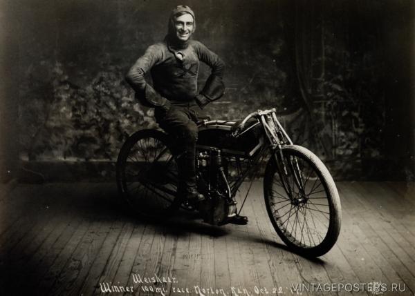 """Купить для интерьера на стену Постер """"Чемпион мира в мотогонках"""" Канзас 1914"""
