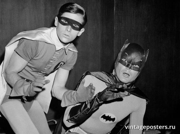 """Купить для интерьера на стену Постер """"т/с Бэтмен и Робин. Застигнутые врасплох"""" США 1966"""