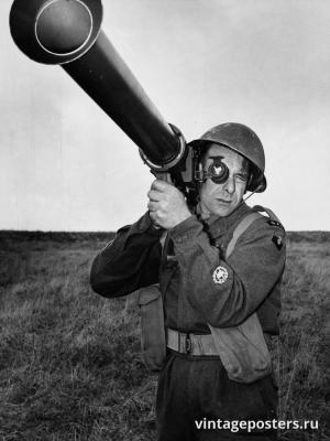 """Винтажный Ретро Постер """"Солдат с базукой"""" Англия 1952 для интерьера купить"""