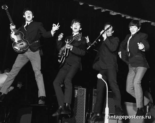 """Винтажный Ретро Постер """"«Битлз» в прыжке"""" Англия 1963 для интерьера купить"""