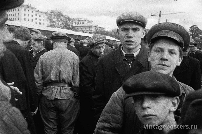 Калитниковский птичий рынок. Завсегдатаи. Москва. 1956г.