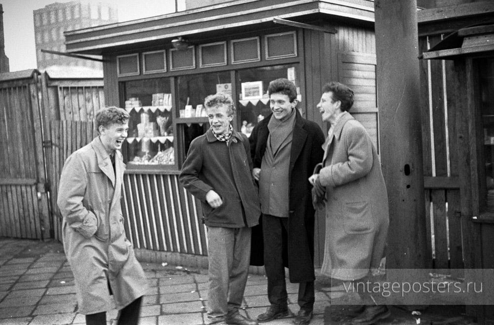 Варшавские подростки. Варшава, Польша. 1956г.