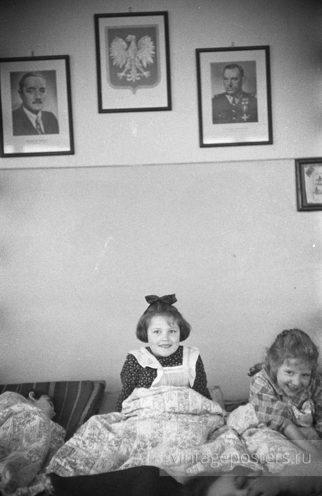 """""""Тихий час"""" в детсаде. Варшава, Польша. 1956г."""