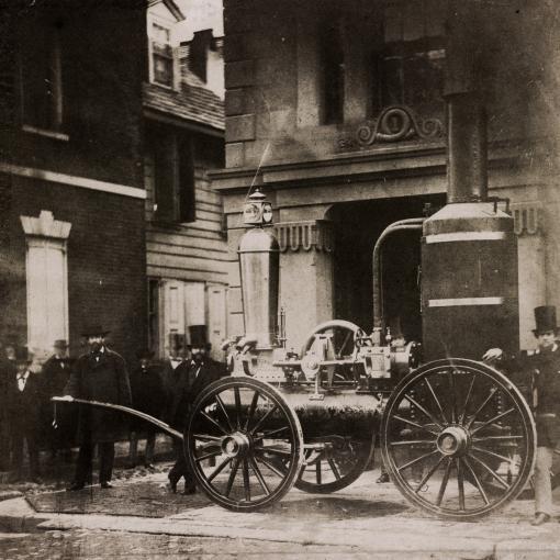 Пожарный паровой насос на лошадиной тяге, США, 1850 год
