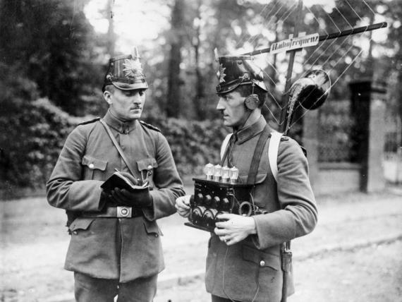 Первые полицейские радиоприемники, Германия, 1923 год