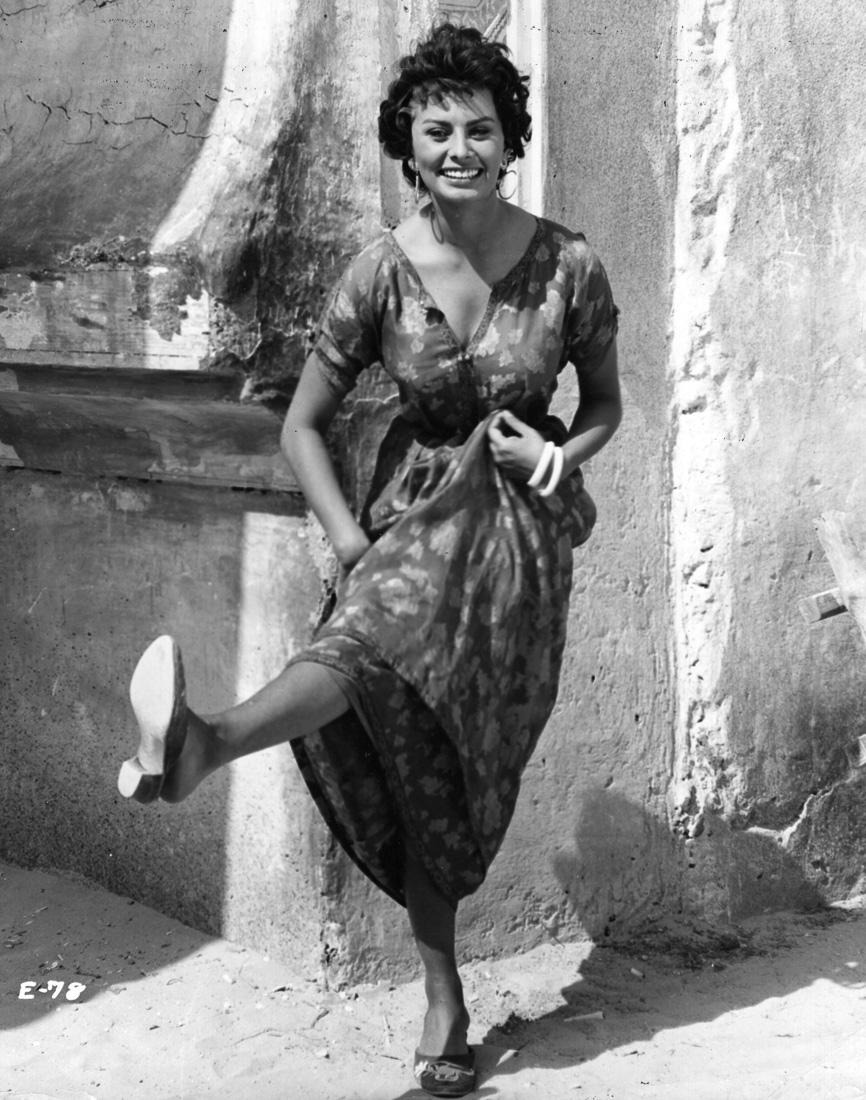 Софи Лорен на съемках, 1957 год